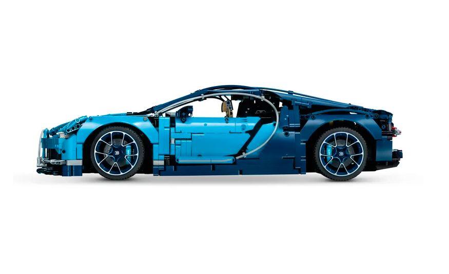 Paul_Donates_Lego_Bugatti_Bodie_Hodges