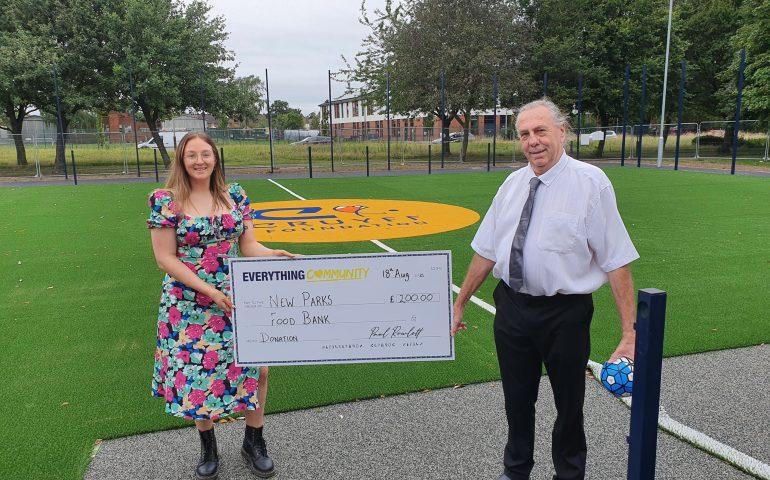 lindsay_food_bank_donation_New_Parks